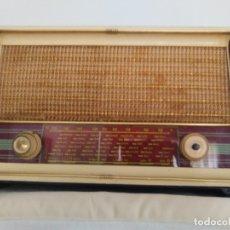 Radios de válvulas: RADIO ANTIGUA. Lote 179096350
