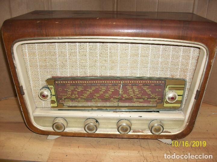 ANTIGUA RADIO-SIN MARCA-FUNCIONA (Radios, Gramófonos, Grabadoras y Otros - Radios de Válvulas)