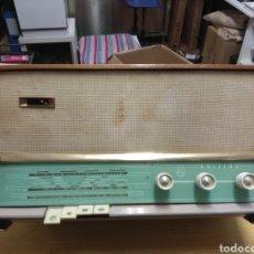 Radios de válvulas: RADIO ANTIGUA PHILIPS. Lote 180074762