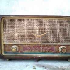 Radios de válvulas: ANTIGUA RADIO DE VALVULAS FUNCIONANDO. Lote 180196800