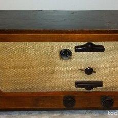 Radios de válvulas: RADIO CASTILLA H214A ANTIGUA , EN MADERA . Lote 181514696