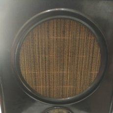Radios de válvulas: RADIO ALEMANA VOLKSEMPFÄNGER VE 301 -WN 1933-MARCA NORA-2ª GUERRA MUNDIAL-FUNCIONANDO. Lote 182618471