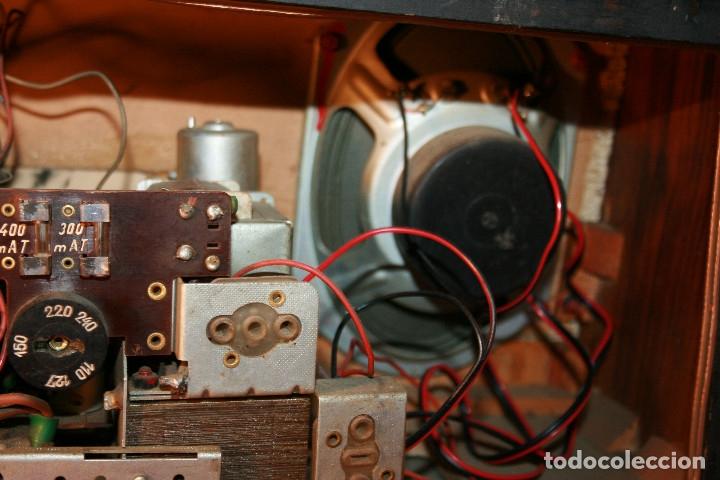 Radios de válvulas: Muy bonita Radio de válvulas Tungsram 4500, no funciona, para decoracion o para reparar - Foto 21 - 116833796