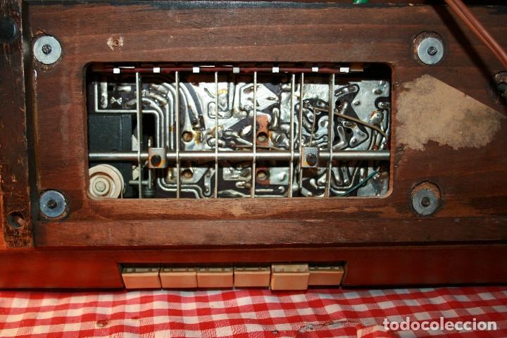Radios de válvulas: Muy bonita Radio de válvulas Tungsram 4500, no funciona, para decoracion o para reparar - Foto 28 - 116833796