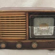 Radios de válvulas: ANTIGUA RADIO DE VÁLVULAS.. Lote 183463320