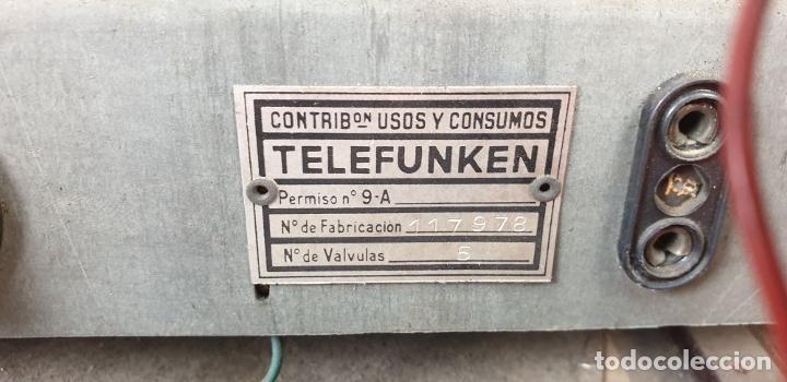 Radios de válvulas: RADIO A VÁLVULAS TELEFUNKEN CAPRICHO 1651-U. BAQUELITA. CIRCA 1950. - Foto 8 - 183643336