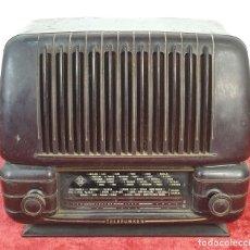 Radios de válvulas: RADIO A VÁLVULAS TELEFUNKEN CAPRICHO 1651-U. BAQUELITA. CIRCA 1950. . Lote 183643336