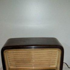 Radios de válvulas: ANTIGUA RADIO TELEFUNKEN D656 W . Lote 183825986