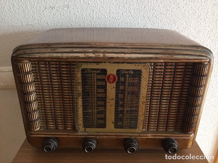 ANTIGUA RADIO (Radios, Gramófonos, Grabadoras y Otros - Radios de Válvulas)