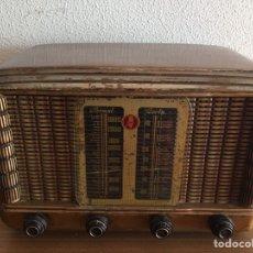 Radios de válvulas: ANTIGUA RADIO. Lote 183952107