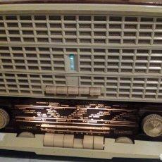 Radios à lampes: RADIO PHILIPS , MUY BUEN ESTADO, FUNCIONANDO.TIENE FM. Lote 184143320