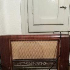 Rádios de válvulas: ANTIGUA RADIO PHILIPS. SIN FUNCIONAR.. Lote 184164890