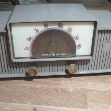 Radios de válvulas: RADIO ANTIGUA GENERAL ELECTRIC. Lote 185196016