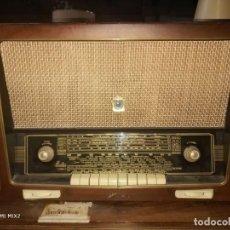 Radios de válvulas: RADIO ANTIGUA IBERIA . Lote 185881971