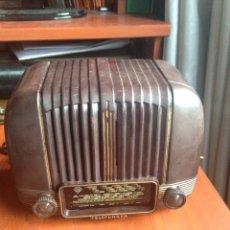 Radios de válvulas: RADIO TELEFUNKEN PANCHITO. Lote 185985416