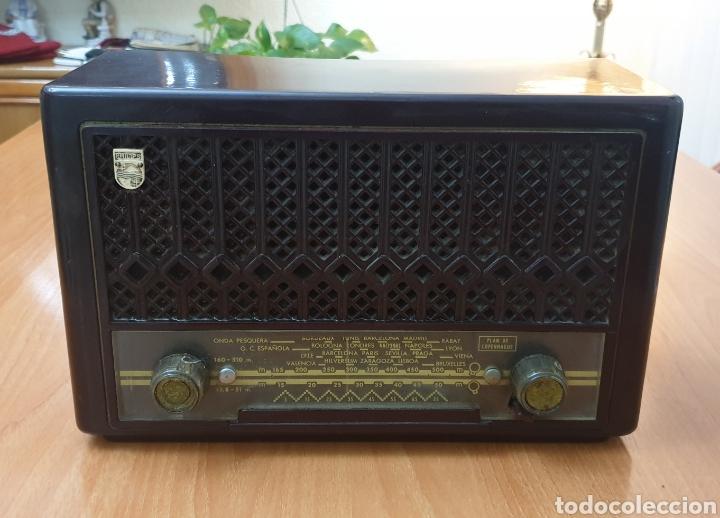 ANTIGUA RADIO PHILIPS MOD. BE-221-U - VINTAGE AÑOS 40-50 (Radios, Gramófonos, Grabadoras y Otros - Radios de Válvulas)