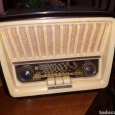 Radios de válvulas: RADIOS Y GRAMOFONOS.. Lote 186183282