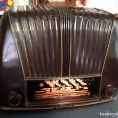 Radios à lampes: RADIO TELEFUNKEN TROVADOR U 1653.FUNCIONA CORRECTAMENTE. VER VIDEO. Lote 186240695