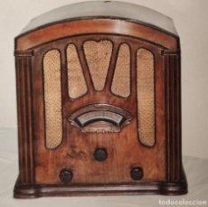 Radios à lampes: PRECIOSA RADIO CAPILLA RIGOM ( RIGAU Y GÓMEZ) BARCELONA. Lote 187538458