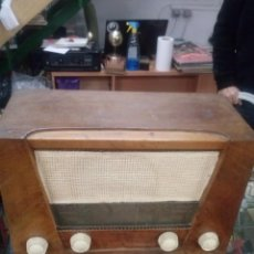 Radios de válvulas: RADIO INTER MODELO LIBERATOR FUNCIONANDO. Lote 188676252