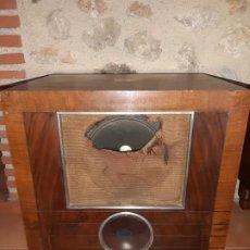 Radios de válvulas: RADIO LA VOZ DE SU AMO.MODELO DESCONOCIDO. Lote 188807287