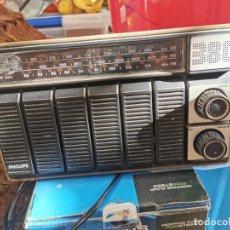 Radios de válvulas: ANTIGUA RADIO PHILIPS FUNCIONANDO A FALTA DE ANTENA. Lote 226680635