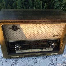 Radios de válvulas: RADIO MUSICA 4R417, GRAETZ, ALTENA (WESTFALEN). Lote 189568548