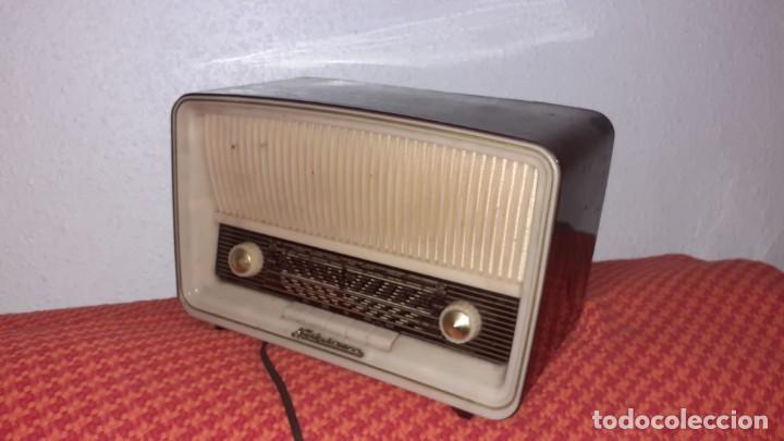 RADIO DE VALVULAS DE LA MARCA NECKERMAN (Radios, Gramófonos, Grabadoras y Otros - Radios de Válvulas)