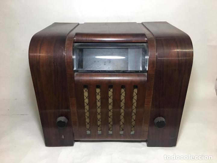 ANTIGUA RADIO SUPER 4W6 BY BLAUPUNKT BERLÍN-ALEMANIA 1934/1935 DE GRAN USO EN ALEMANIA DURANTE LA SE (Radios, Gramófonos, Grabadoras y Otros - Radios de Válvulas)