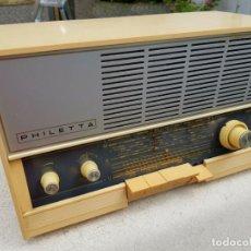 Radios à lampes: PRECIOSO RADIO ALEMÁN PHILIPS PHILETTA 12 RB 263 FUNCIONANDO Y EN ESTADO COMO NUEVO . Lote 190168006