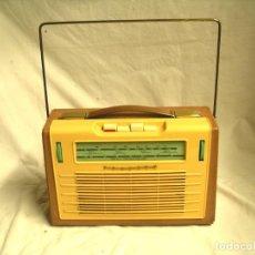 Radios de válvulas: RADIO TRANSISTOR PHILIPS L3E FUNCIONA A PILAS AÑOS 60. . Lote 190273107