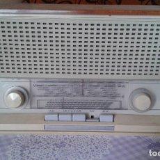 Radios à lampes: BONITO RADIO ALEMÁN PHILIPS PHILETTA MODERN MOD B3D 33A FUNCIONANDO MUY BIEN . Lote 190582867
