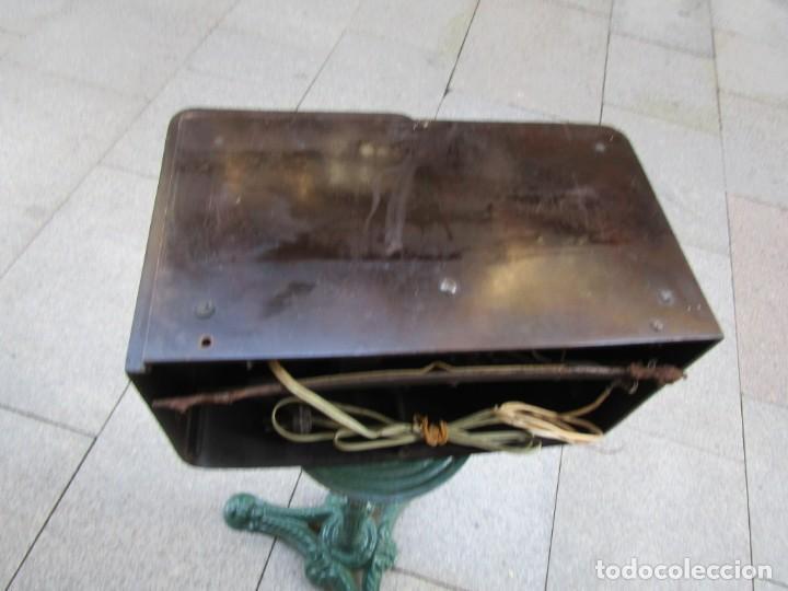 Radios de válvulas: ANTIGUA RADIO BAKELITA PHILIPS MODELO 490 LN - MADE IN USA - RARA - NO FUNCIONA+ INFO - Foto 12 - 190858698