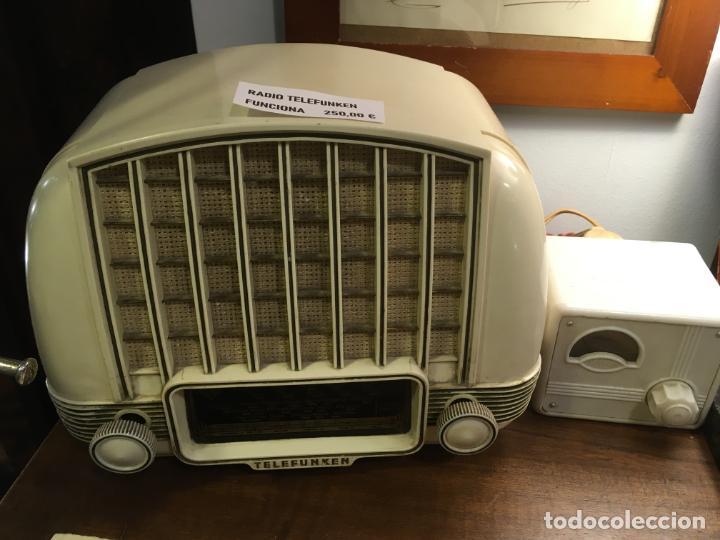 Radios de válvulas: Radio de baquelita telefunken marimba funcionando con transformador a 125 v. 18x24x14 cms - Foto 2 - 190860345