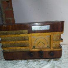 Radios de válvulas: ANTIQUÍSIMA RADIO DE VÁLVULAS. Lote 191109071