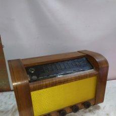 Radios de válvulas: ESPECTACULAR RADIO ANTIGUA DE VÁLVULAS POINT BLEU. Lote 191109653