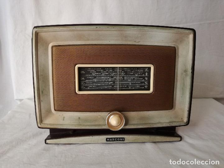 ORIGINAL RADIO ITALIANA MARCONI DE MEDIADOS DEL SIGLO XX, EN FUNCIONAMIENTO. (Radios, Gramófonos, Grabadoras y Otros - Radios de Válvulas)