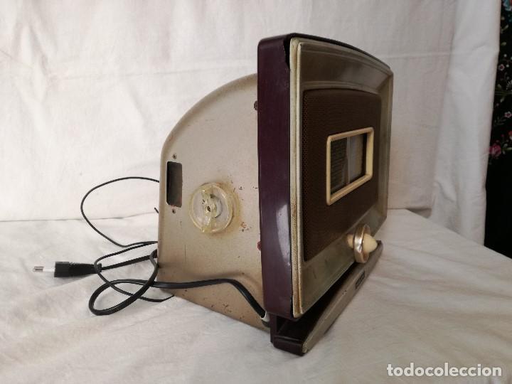 Radios de válvulas: ORIGINAL RADIO ITALIANA MARCONI DE MEDIADOS DEL SIGLO XX, EN FUNCIONAMIENTO. - Foto 4 - 191392552