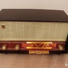Radios de válvulas: RADIO PHILIPS MODELO B3F01A, 1960, EXCELENTE FUNCIONAMIENTO, VER VIDEO Y FOTOS. Lote 191874506