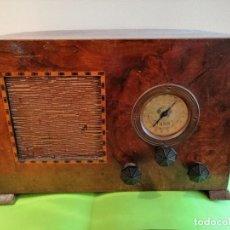 Radios à lampes: ANTIGUA RADIO MARCA* TANK* FUNCIONA PERFECTAMENTE. Lote 191974790