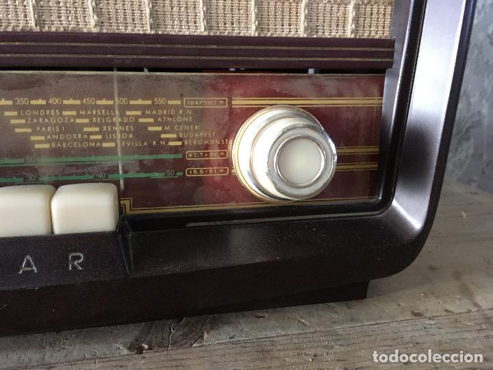 Radios de válvulas: Radio Askar Baquelita. Funcionando a 125 Voltios (Usando transformador) - Foto 4 - 192174440