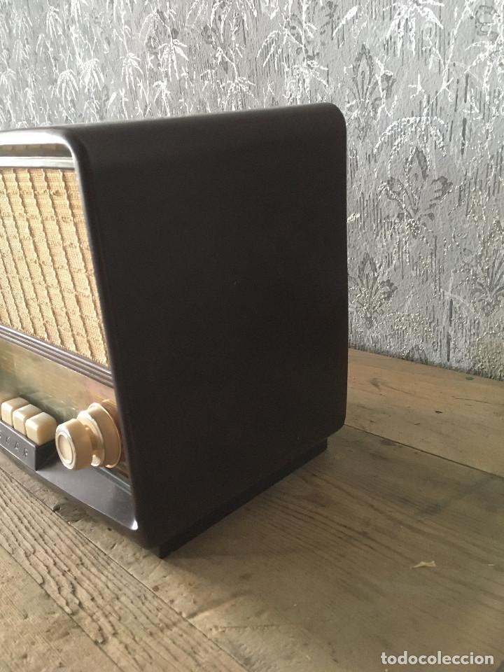 Radios de válvulas: Radio Askar Baquelita. Funcionando a 125 Voltios (Usando transformador) - Foto 8 - 192174440