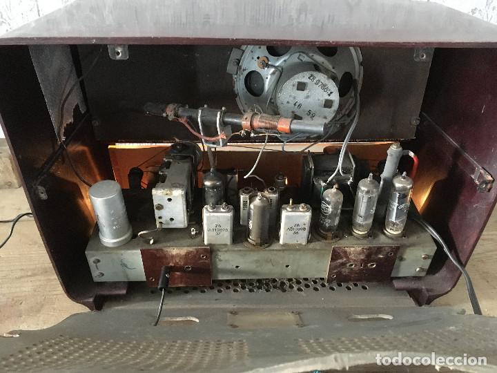 Radios de válvulas: Radio Askar Baquelita. Funcionando a 125 Voltios (Usando transformador) - Foto 15 - 192174440