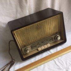 Radios à lampes: ANTIGUA RADIO MARCA PHILIPS!MUY BONITA!. Lote 192370797