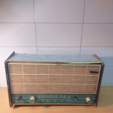 Radios à lampes: ANTIGUA RADIO VÁLVULAS MARCA CAMPING PARA PIEZAS. Lote 192456267