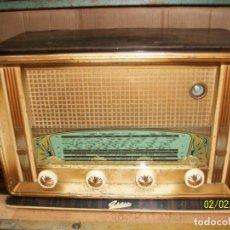 Radios de válvulas: ANTIGUA RADIO FRANCESA-ARSO-FUNCIONA. Lote 192752590