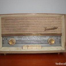 Radios de válvulas: ANTIGUA RADIO TELEFUNKEN TROVADOR BAQUELITA. Lote 207573921