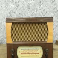 Radios de válvulas: PRECIOSA Y ORIGINAL RADIO ALBA MODEL 3633 SUPERHET RECEIVER. A BATERÍA.GRAN BRETAÑA.. Lote 193227330