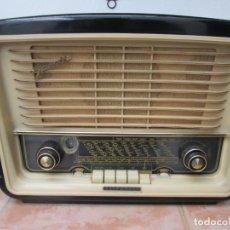 Radios de válvulas: BONITA RADIO A VÁLVULAS TELEFUNKEN GAVOTTE F, DEUTSCHLAND .. Lote 193430133
