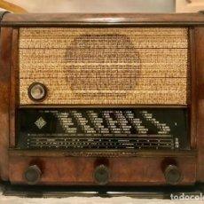 Radios de válvulas: RADIO TELEFUNKEN 1066-A BATAVIA (AÑO 1951). Lote 193839667